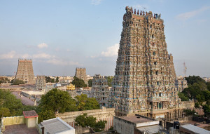 640px-India_-_Madurai_temple_-_0781